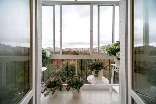 французское окно вместо балконного блока двери замена